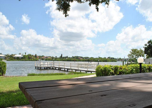 Pier - Tropical landscape, easy access, affordable rates. - Siesta Key - rentals