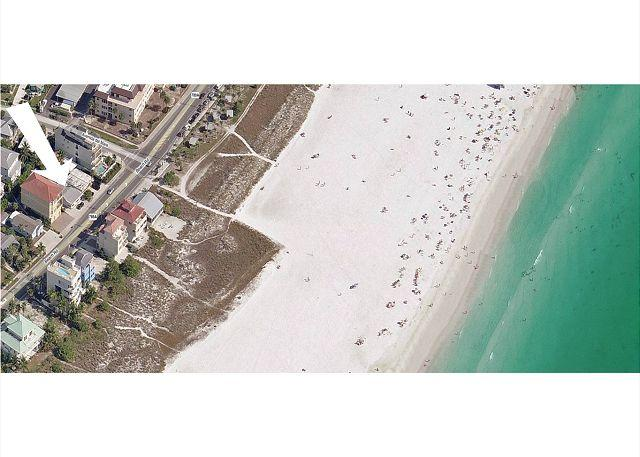 Siesta Key beach getaway cottage - walk to beach and village - Image 1 - Siesta Key - rentals