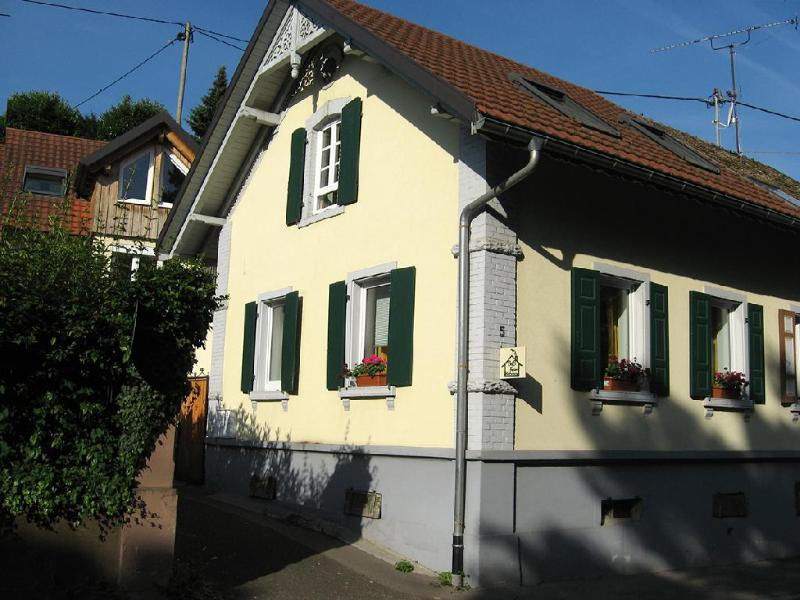Vacation Apartment in Vogtsburg - 592 sqft, spacious, completely outfitted, tastefully renovated old… #2282 - Vacation Apartment in Vogtsburg - 592 sqft, spacious, completely outfitted, tastefully renovated old… - Vogtsburg im Kaiserstuhl - rentals