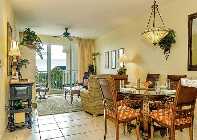 COMFORTABLE LIVING AREA - BEACH VIEWS & LUXURY! BEST SPOT IN DESTIN! OPEN 9/1-5! ONLY $695 TAX INCLUDED - Destin - rentals