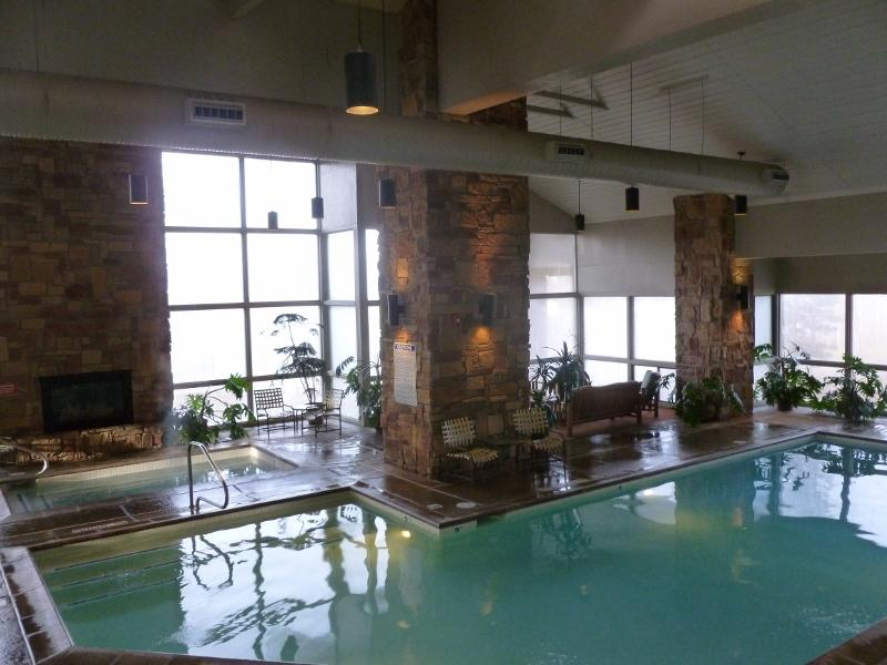 Great Summer Rates.  Indoor Pool. Nice Facility - Image 1 - Brian Head - rentals