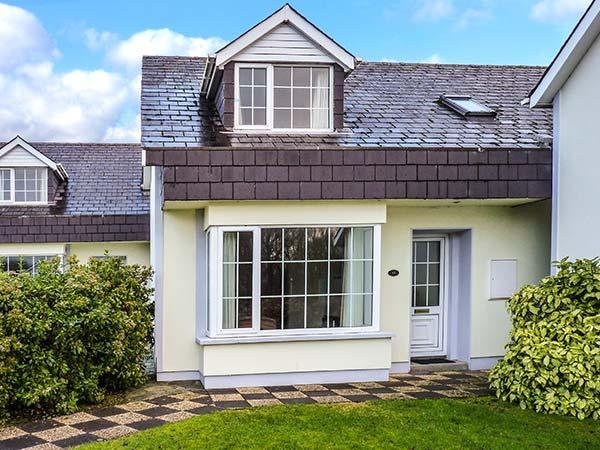 PARKLAND 1, detached, en-suite, WiFi, close to amenities, in Killarney, Ref 904104 - Image 1 - Killarney - rentals