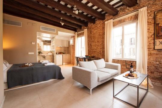Born Studio 2 ** Cocoon Historical center (BARCELONA) - Image 1 - Barcelona - rentals