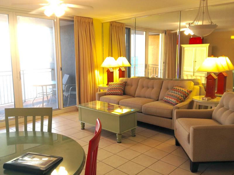Large family room with queen sleeper - New Luxury Beachfront Resort $125-175 night - Panama City Beach - rentals