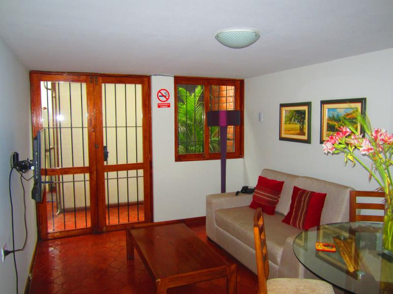 Miraflores close to beach - Image 1 - Lima - rentals