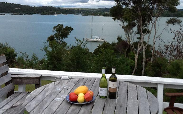 Attractive 270 degree sea views from the deck - Doves Point, Kerikeri Holiday Home - Doves Point - Kerikeri - rentals