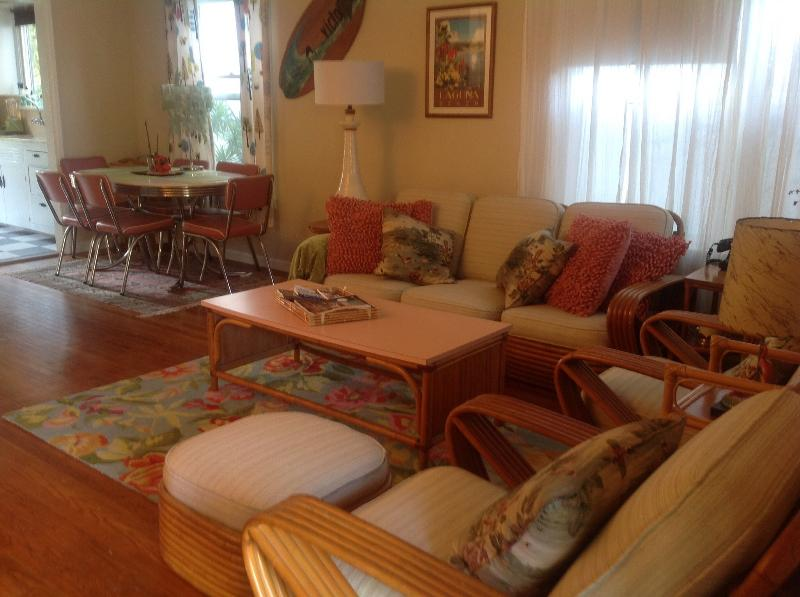 Beautiful Laguna Beach Vintage Cottage - Laguna Beach Vintage Cottage 2 Blocks from Beach! - Laguna Beach - rentals