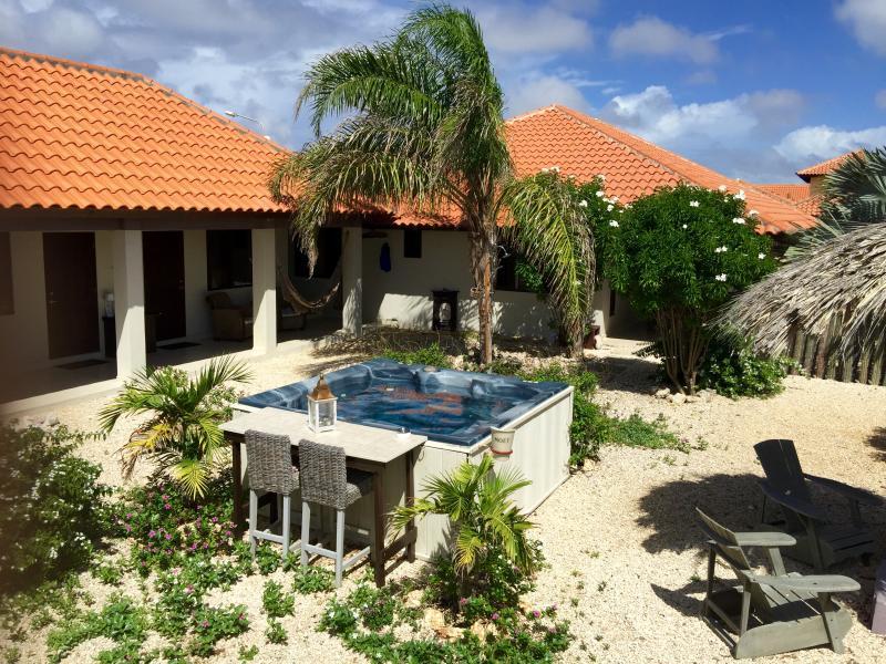 Full view of property - For rent! Studio's in one of the best locations!! - Kralendijk - rentals