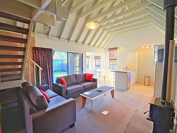 Living Area - The Red Cottage - Arrowtown - rentals