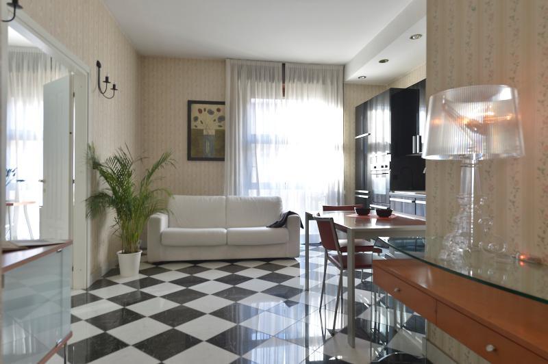 Dogana - 1025 - Milan - Image 1 - Milan - rentals
