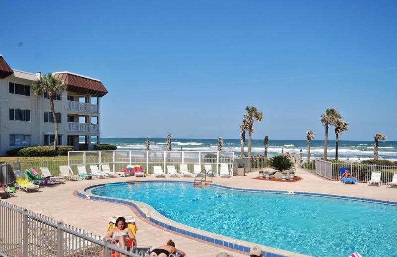 Paradise awaits... - Oceanview Beach Condo on New Smyrna Beach Florida - New Smyrna Beach - rentals