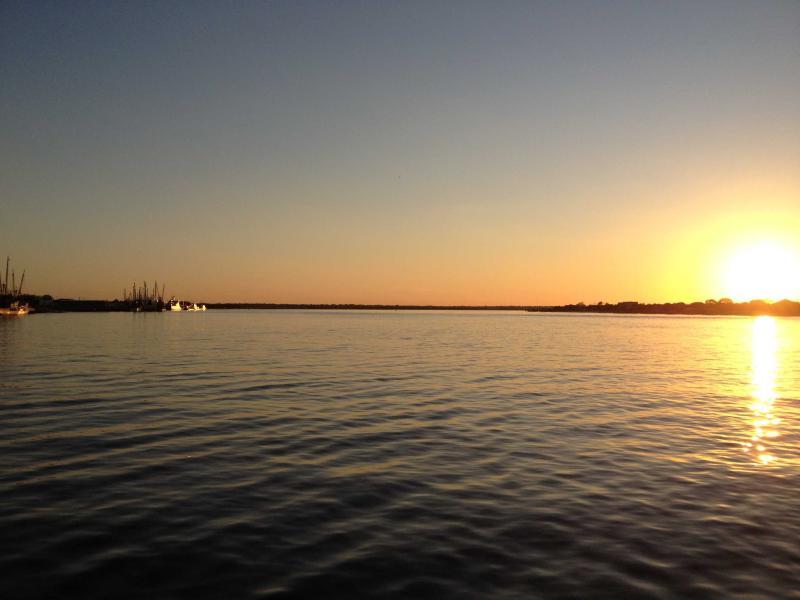 Sunset over the Amelia River from downtown Fernandina Beach--only a short drive from the condo - RobLin Landings - Fernandina Beach - rentals