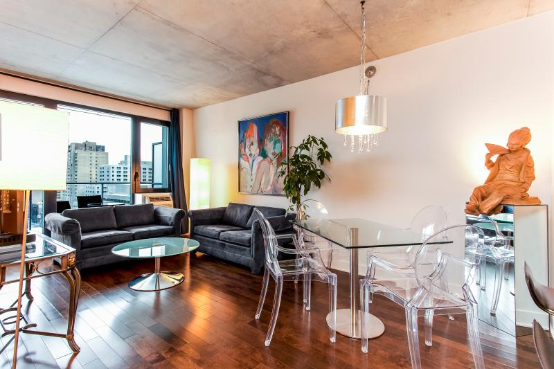 LIVING ROOM - LUXURY CORPORATE 2 BDRM CONDO 4141/32571 - Montreal - rentals