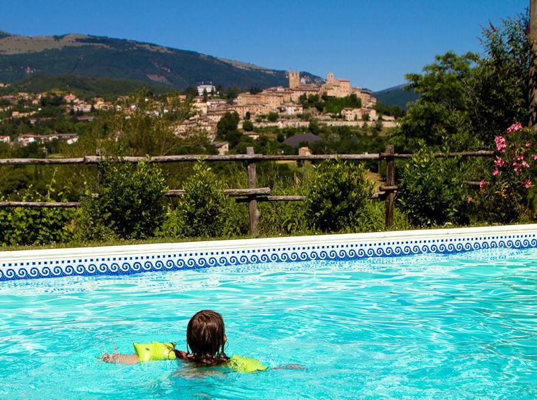 Sarnano from the pool - Stunning Villa & pool 1km to best medieval village - Sarnano - rentals