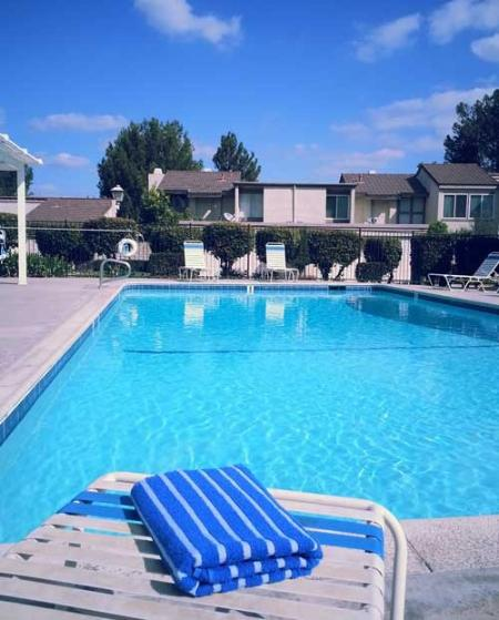 Refreshing and relaxing swimming pool. - Gorgeous Anaheim Hills Hideout Near Disneyland - Anaheim Hills - rentals