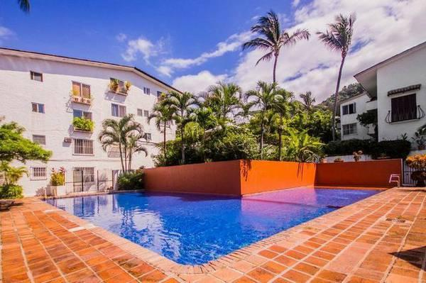 NICE CONDO  FOR YOUR VACATION 2 BLOCKS TO BEACH - Image 1 - Puerto Vallarta - rentals