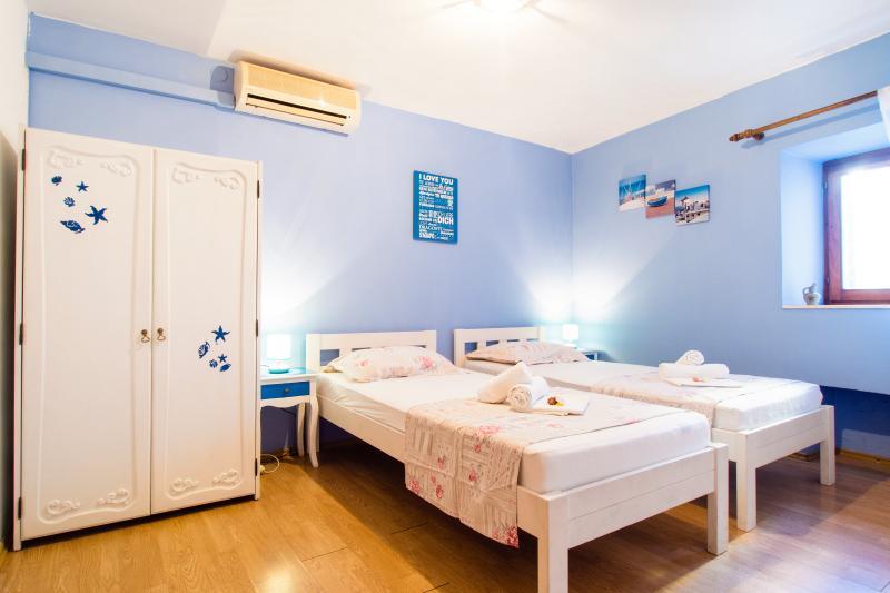Blue Lagoon apartment in the center - Image 1 - Split - rentals