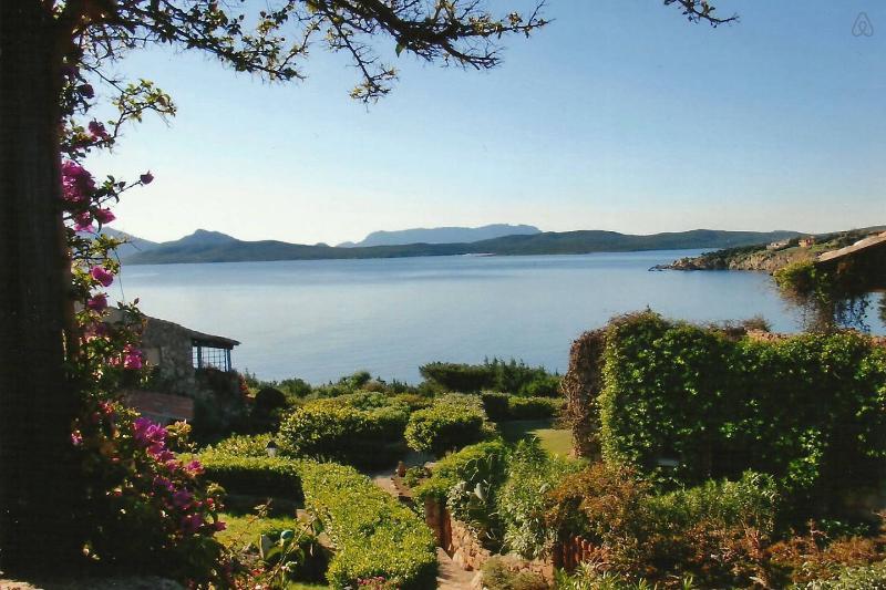 Apartment in luxury resort, Emerald Cost, Sardinia - Image 1 - Sardinia - rentals