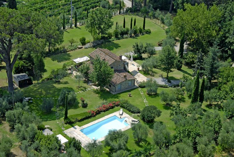 Villa Antico Pino charming Uliveto Villa Cortona - Image 1 - Cortona - rentals