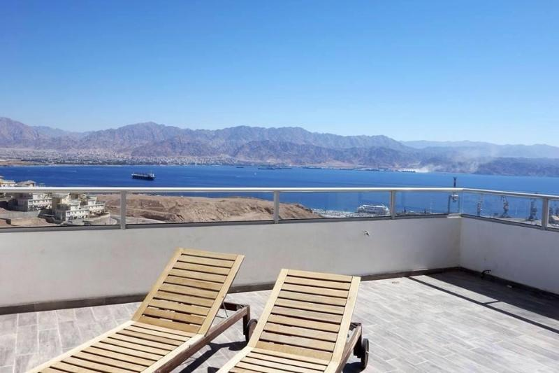 Stunning penthouse overlooking the Red Sea - Image 1 - Eilat - rentals