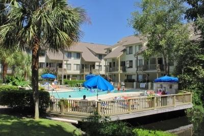 5%-10% OFF- 3BR/3BA Villa 2 Blocks to Beach/Tennis - Image 1 - Hilton Head - rentals