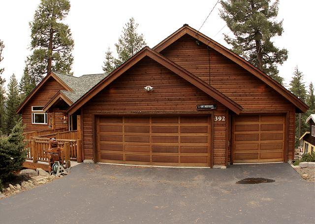 Family Friendly 5 BR Lakview w/ Hot Tub & Pool Table! Sleeps 14! From $450/nt - Image 1 - Tahoe Vista - rentals