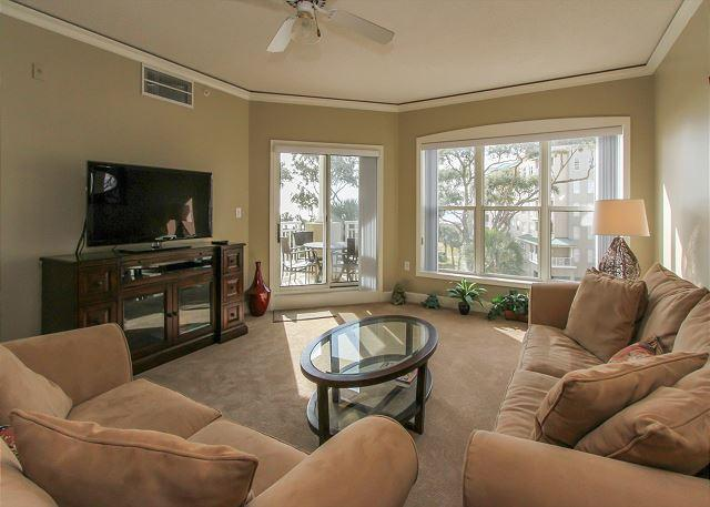 Living Area - 6304 Hampton Place-Beautiful Oceanfront Villa! Avail 8/1,8/22 & 8/29 weeks - Bluffton - rentals