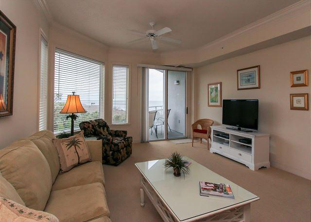 Living Area - 2407 SeaCrest -4th Floor,Beautiful Ocean Views - Steps to the beach! - Hilton Head - rentals
