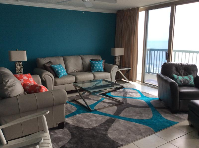 Living Room - Beauty on the Beach - North Myrtle Beach - rentals