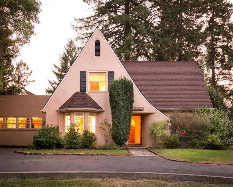 Front of house at sunset - Elegant Home & Cottage: Top of the Hill, Sleeps 14 - Guerneville - rentals