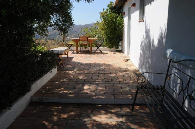 terrace with a dining table - Beautiful mountain view 2 BR apart! - Tavira - rentals