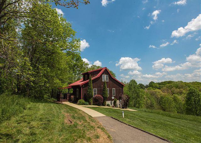 Beautiful Hilltop Cabin Rental - Image 1 - Logan - rentals