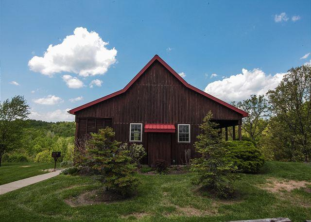 Hocking Hills Cabin with Beautiful View - Image 1 - Logan - rentals