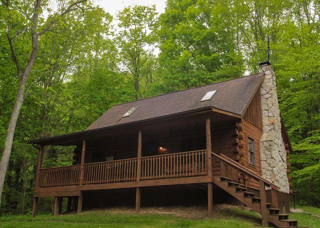 Secluded Hocking Hills Log Cabin - Image 1 - South Bloomingville - rentals