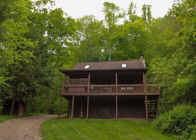 Pioneer Log Cabin Rental - Image 1 - South Bloomingville - rentals