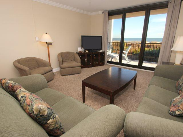 Living area 2 - Island Club, 5201 - Hilton Head - rentals