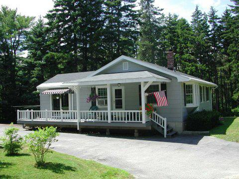 Welcome to Sunny Woods House. Bright and cheery. Private. - Boothbay Pet-Friendly Lake Access Near Ocean - Boothbay Harbor - rentals
