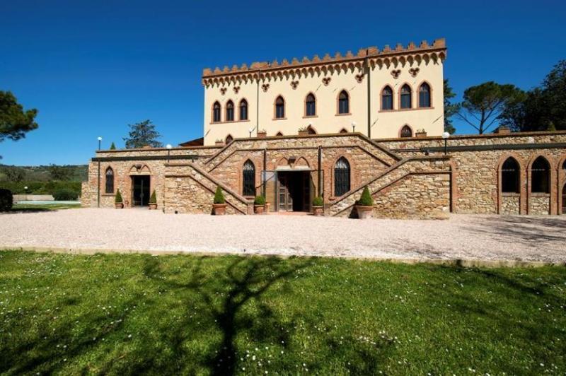 Front view of villa - Villa Verdana - Guardistallo - rentals