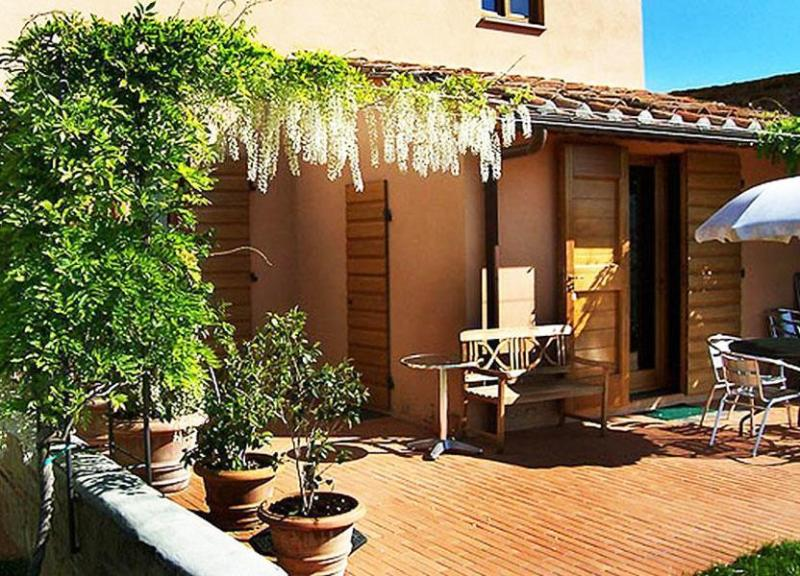 Front view of the partment - La Rocca - Apartment Brunella - Montespertoli - rentals