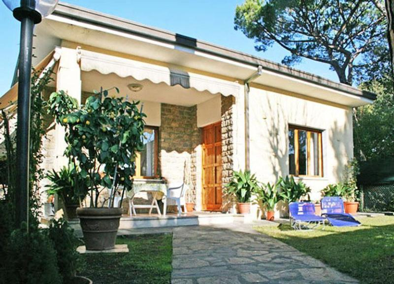Villa Edera - Image 1 - Forte Dei Marmi - rentals