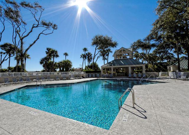 Barrington Court 113 - Spectacular 3BR/3BA First Floor Offers Incredible Oceanfront Views - Hilton Head - rentals