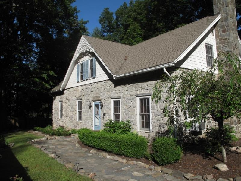 1796 Stone Farm House Bordering Mohonk Preserve - Image 1 - High Falls - rentals