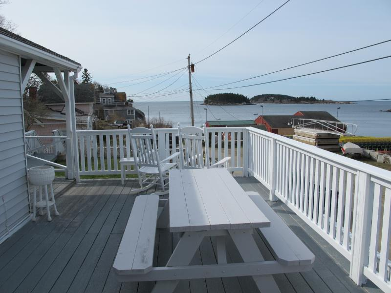 Ocean and Harbor steps from your Cottage - Image 1 - Phippsburg - rentals