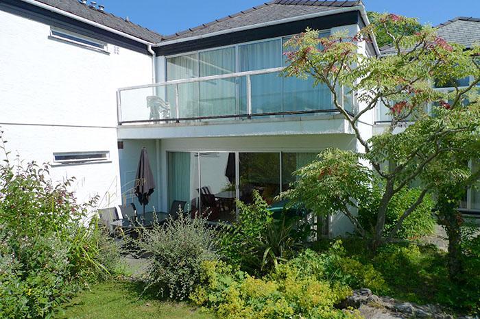 Pet Friendly Holiday Cottage - 33 Coedrath, Saundersfoot - Image 1 - Saundersfoot - rentals