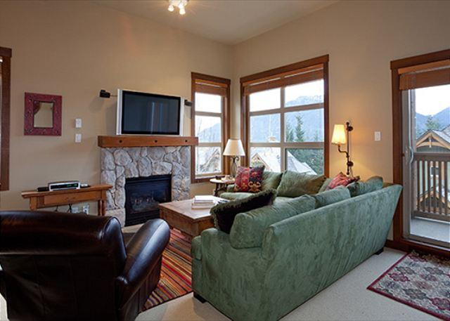 Living Area with Gas Fireplace and Mountain Views - Mountain Star #13   3 Bedroom Townhome Close To Ski Hill, Private Hot Tub - Whistler - rentals
