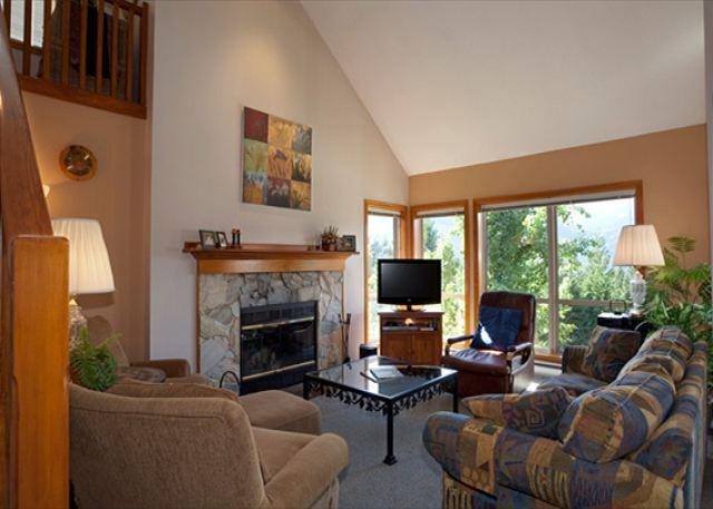 Cozy Living Room with Fireplace and TV - Painted Cliff #13 | 3 Bedroom Cozy Ski-in/Ski-out Townhome, Shared Hot Tub - Whistler - rentals