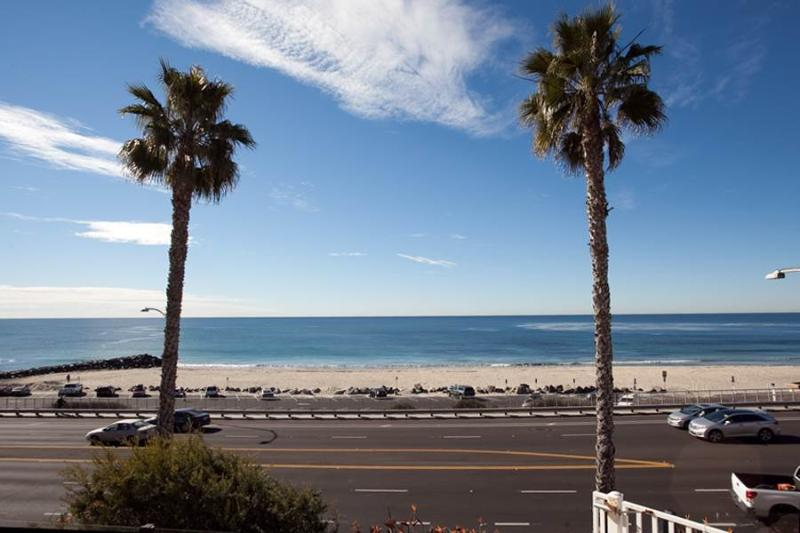Great 2 BR & 2 BA House in Carlsbad (111 #B Sequoia) - Image 1 - Carlsbad - rentals