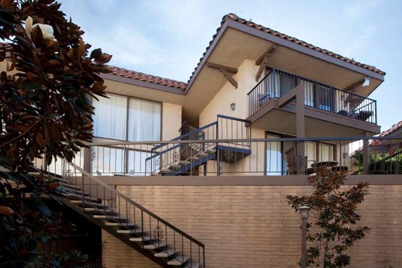 190 # 50 Del Mar Shores Terrace - Image 1 - Solana Beach - rentals