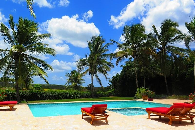 salt water pool and jacuzzi - Great home with wonderful golf view - La Romana - rentals