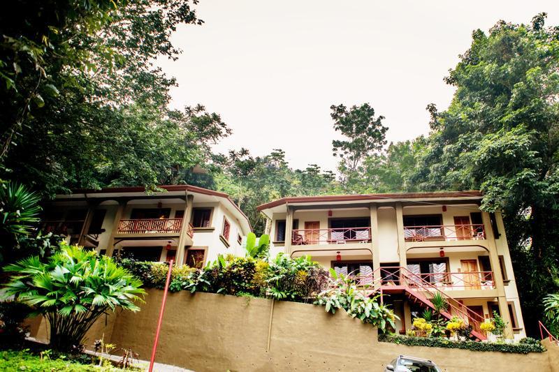 2 bedroom ECO Condo, Pool, Views, Onsite Reception - Image 1 - Quepos - rentals